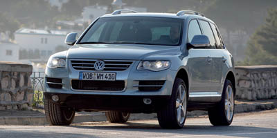 Used Volkswagen Touareg 2 4dr V6 2008 | Central A/S LLC. East Windsor, Connecticut