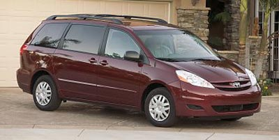 Used 2008 Toyota Sienna in Islip, New York | 111 Used Car Sales Inc. Islip, New York
