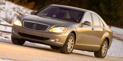 Used 2009 Mercedes-Benz S-Class in Newark, New Jersey | Dash Auto Gallery Inc.. Newark, New Jersey
