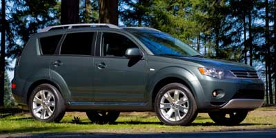 2009 Mitsubishi Outlander 4WD 4dr XLS, available for sale in New Britain, CT
