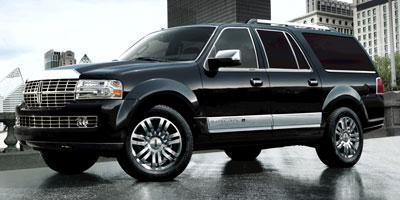 Used Lincoln Navigator L 4WD 4dr 2010 | Longmeadow Motor Cars. ENFIELD, Connecticut