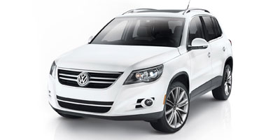 Used 2010 Volkswagen Tiguan in Brooklyn, New York | Atlantic Used Car Sales. Brooklyn, New York