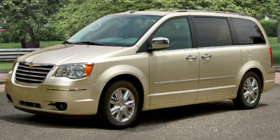 Used 2010 Chrysler Town & Country in Bridgeport, Connecticut | CT Auto. Bridgeport, Connecticut
