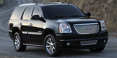Used GMC Yukon AWD 4dr Denali 2014 | J&M Automotive Sls&Svc LLC. Naugatuck, Connecticut