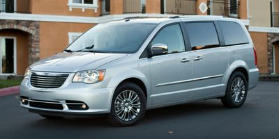 Used 2014 Chrysler Town & Country in S.Windsor, Connecticut | Empire Auto Wholesalers. S.Windsor, Connecticut