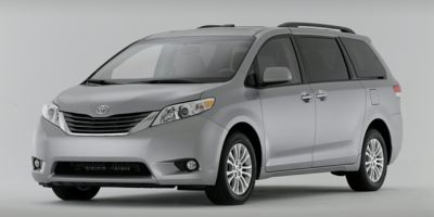 Used Toyota Sienna 5dr 8-Pass Van V6 XLE FWD (Natl) 2014 | Luxury Auto Group. Bronx, New York