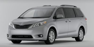 Used 2014 Toyota Sienna in Lodi, New Jersey | Auto Gallery. Lodi, New Jersey
