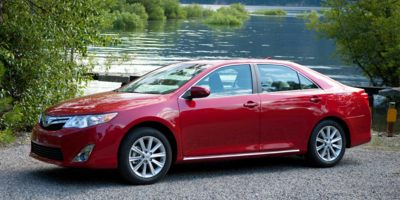 Used 2014 Toyota Camry in Bayshore, New York | Carmatch NY. Bayshore, New York