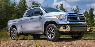 Used 2014 Toyota Tundra 4WD Truck in Huntington Station, New York | Huntington Auto Mall. Huntington Station, New York