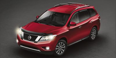 Used 2015 Nissan Pathfinder in Middle Village, New York | Road Masters II INC. Middle Village, New York