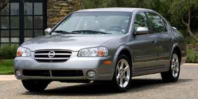 Used Nissan Maxima 4dr Sdn SE Auto 2003 | Matts Auto Mall LLC. Chicopee, Massachusetts