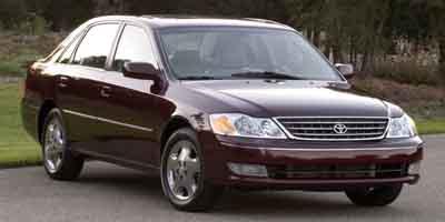 Used Toyota Avalon 4dr Sdn XL w/Bucket Seats 2003 | Union Street Auto Sales. West Springfield, Massachusetts