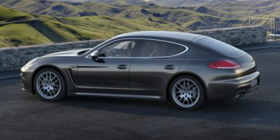 Used 2015 Porsche Panamera in Shelton, Connecticut | Center Motorsports LLC. Shelton, Connecticut