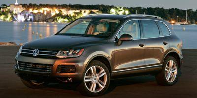Used 2014 Volkswagen Touareg in Lindenhurst, New York | Rite Cars, Inc. Lindenhurst, New York