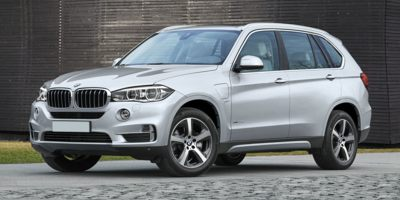 Used BMW X5 xDrive40e iPerformance Sports Activity Vehicle 2017 | Capital Lease and Finance. Brockton, Massachusetts