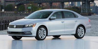 Used 2018 Volkswagen Passat in Patchogue, New York | Baron Supercenter. Patchogue, New York