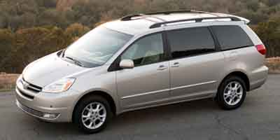 Used 2004 Toyota Sienna in Waterbury, Connecticut | Car Connect Auto Sales LLC. Waterbury, Connecticut