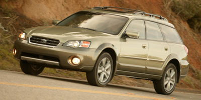 Used 2005 Subaru Legacy Wagon in Berlin, Connecticut | Auto Drive Sales And Service. Berlin, Connecticut