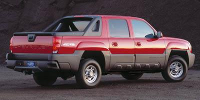 Used 2005 Chevrolet Avalanche in Bristol, Connecticut | Dealmax Motors LLC. Bristol, Connecticut