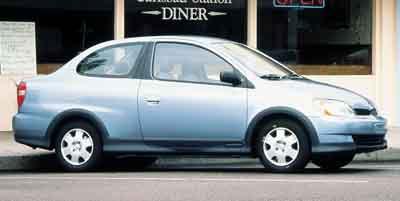 Used Toyota Echo 2dr Cpe Auto 2000 | Farmington Auto Park LLC. Plainville, Connecticut