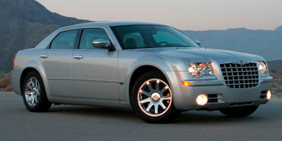 Used 2007 Chrysler 300 in Meriden, Connecticut | Cos Central Auto. Meriden, Connecticut