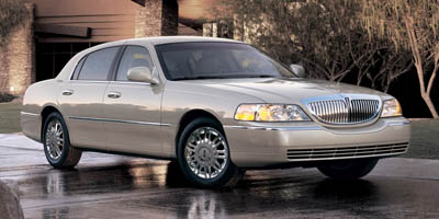 Used Lincoln Town Car 4dr Sdn Signature Limited 2006 | TSM Automotive Consultants Ltd.. West Babylon, New York