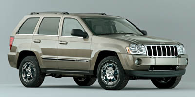 Used Jeep Grand Cherokee 4dr Laredo 4WD 2006 | J&M Automotive Sls&Svc LLC. Naugatuck, Connecticut