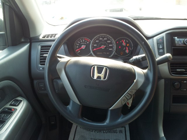 2006 Honda Pilot 4WD LX AT, available for sale in Jamaica, New York | Sylhet Motors Inc.. Jamaica, New York