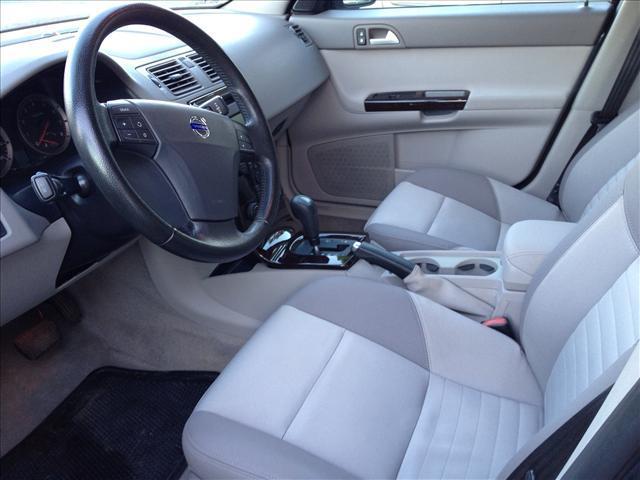 2006 Volvo S40 2.4i photo