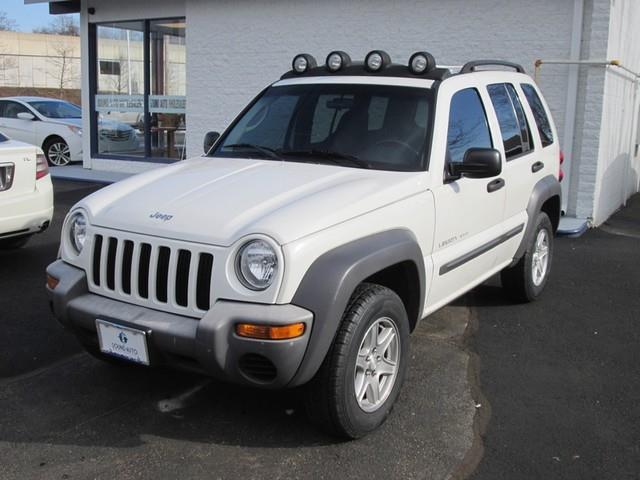 2003 Jeep Liberty Sport photo