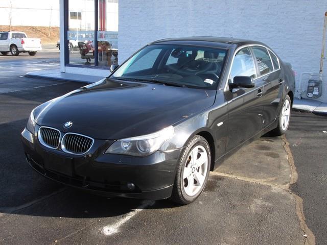 2007 BMW 5-Series 525xi photo