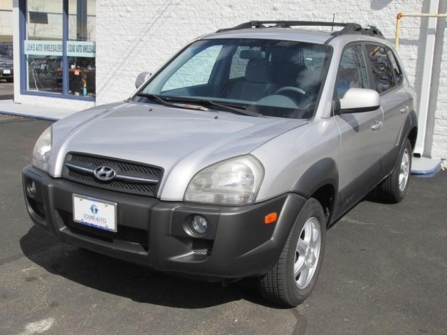 2005 Hyundai Tucson GLS photo