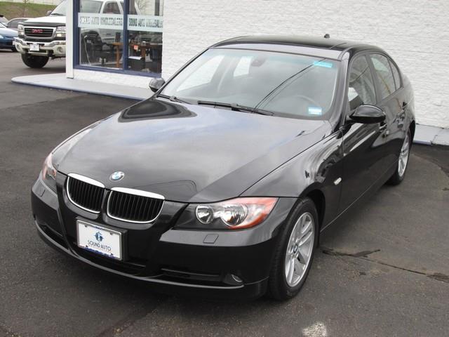 2007 BMW 3-Series 328xi photo