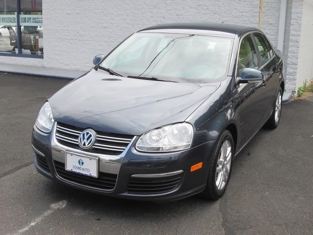 2010 Volkswagen Jetta TDI photo