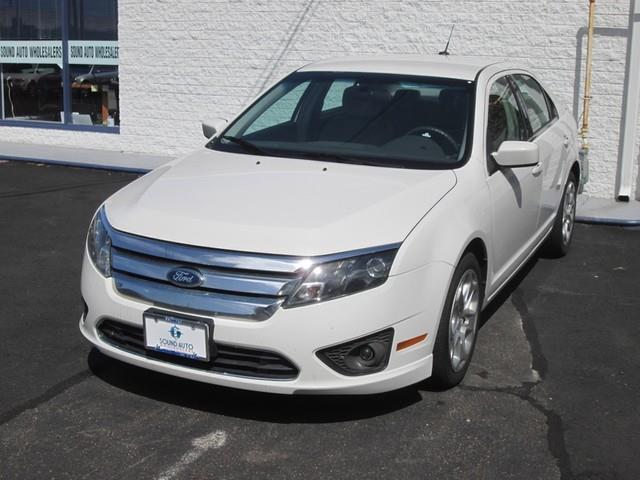 2010 Ford Fusion SE photo
