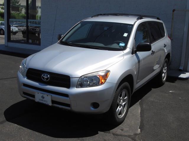 2006 Toyota RAV4 photo