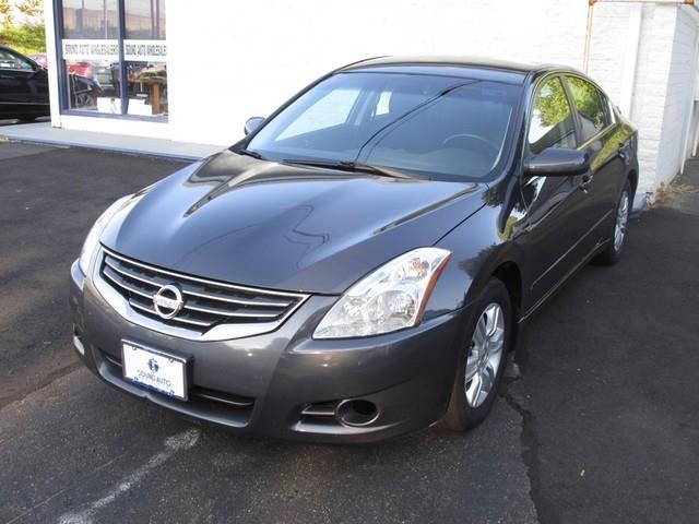 2011 Nissan Altima 2.5 photo
