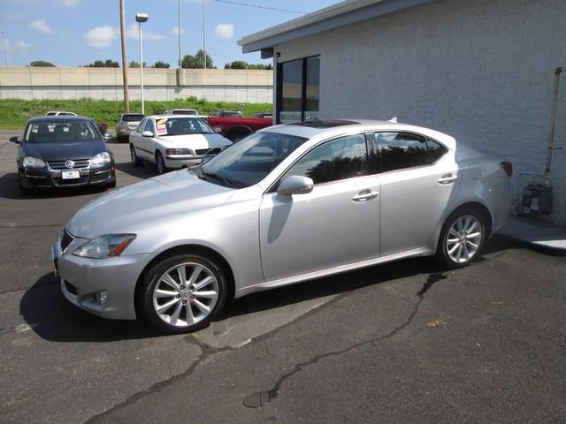 2009 Lexus IS 250 photo