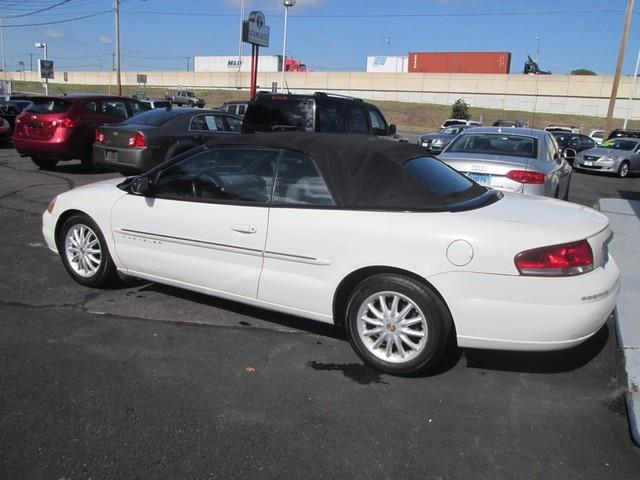 2001 Chrysler Sebring LXi photo