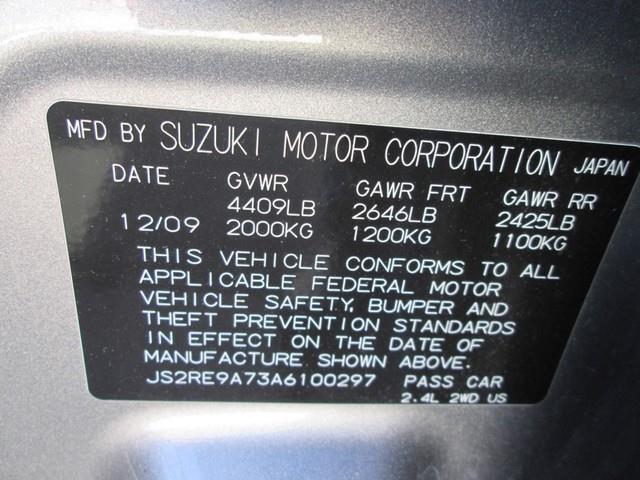 2010 Suzuki Kizashi SLS photo