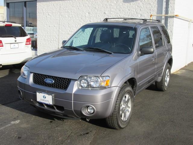 2007 Ford Escape Limited photo