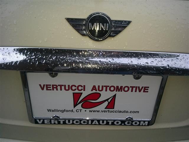 2006 MINI Cooper Hardtop 2dr Cpe, available for sale in Wallingford, Connecticut | Vertucci Automotive Inc. Wallingford, Connecticut