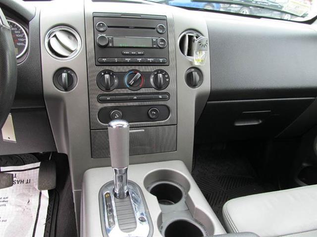 Used Ford F-150 Lariat 4dr SuperCab 4WD Styleside 5.5 ft. SB 2004 | Mass Auto Exchange. Framingham, Massachusetts