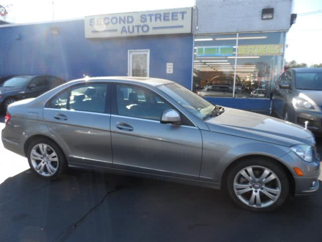 Used 2008 Mercedes-benz C-class in Manchester, New Hampshire | Second Street Auto Sales Inc. Manchester, New Hampshire