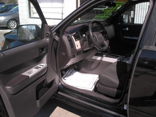 2008 Mercury Mariner 4WD 4dr V6, available for sale in New Haven, Connecticut   Performance Auto Sales LLC. New Haven, Connecticut