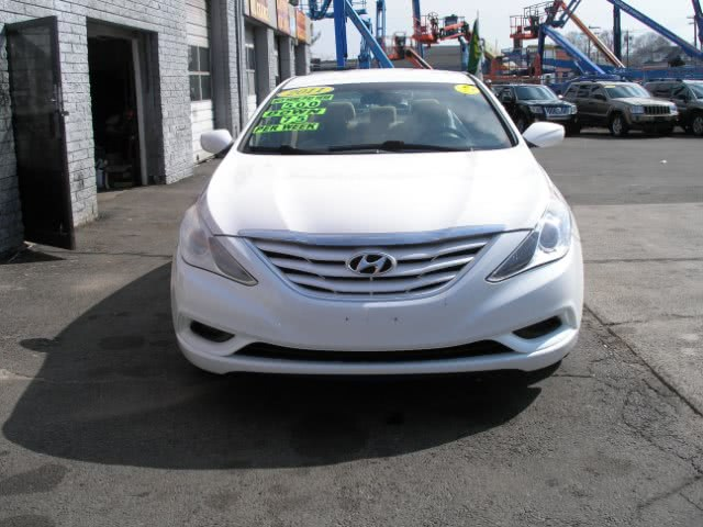 Used 2011 Hyundai Sonata in New Haven, Connecticut | Performance Auto Sales LLC. New Haven, Connecticut