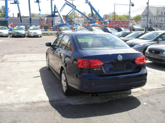 2011 Volkswagen Jetta Sedan 4dr Auto S, available for sale in New Haven, Connecticut | Performance Auto Sales LLC. New Haven, Connecticut