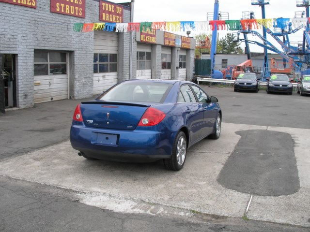 2005 Pontiac G6 4dr Sdn GT, available for sale in New Haven, Connecticut | Performance Auto Sales LLC. New Haven, Connecticut
