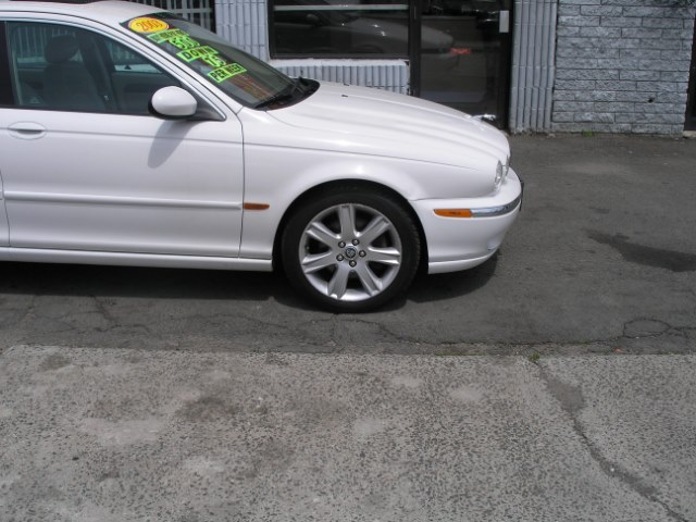 2003 Jaguar X-TYPE 4dr Sdn 3.0L, available for sale in New Haven, Connecticut | Performance Auto Sales LLC. New Haven, Connecticut