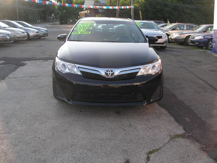 Used 2013 Toyota Camry in New Haven, Connecticut | Performance Auto Sales LLC. New Haven, Connecticut